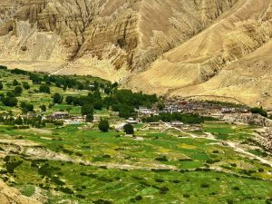 A beautiful landscape photo of the Upper Mustang Valley